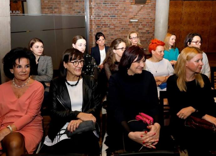Fundacja Między Niebem a Ziemią - aktualność Kobiety-Kobietom w Katowicach