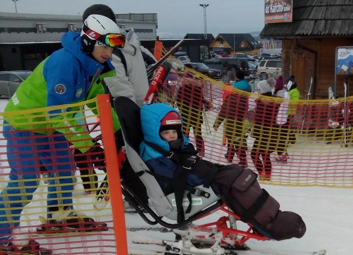 Fundacja Między Niebem a Ziemią - aktualność Obóz narciarski Piotrusia