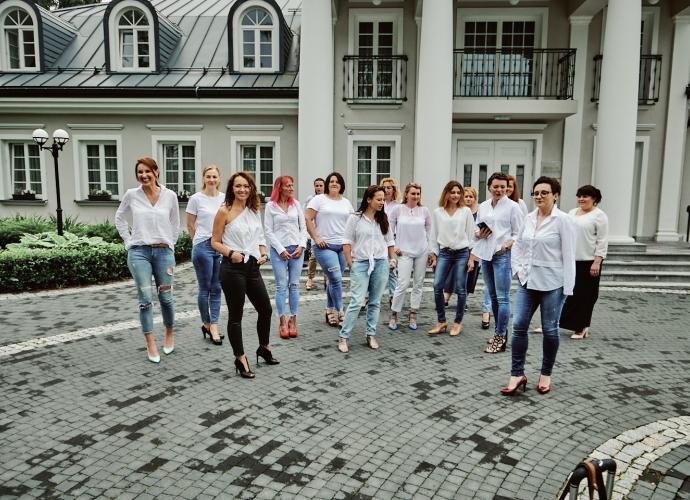 Fundacja Między Niebem a Ziemią - aktualność Kobiecy weekend